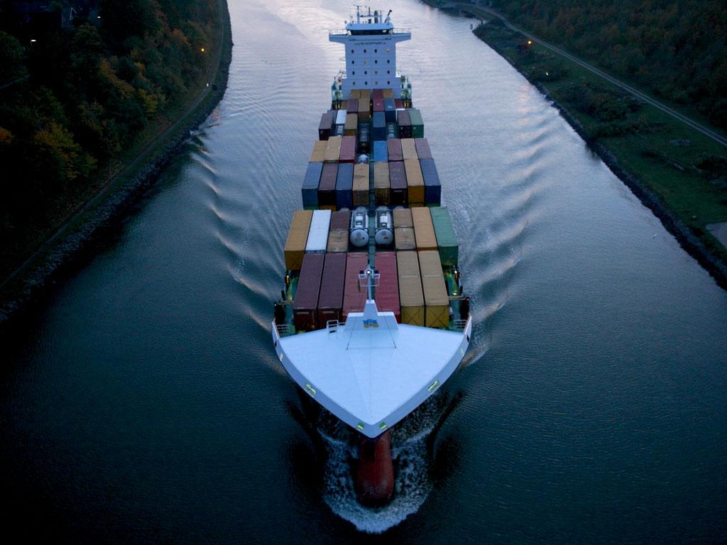 Schiff auf dem Nordostsee Kanal